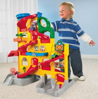 Wheelies-T4261-Wheelies-Stand-N-Play-Rampway-Lifestyle